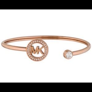 DESIGNER CRYSTAL LOGO ROSE GOLD  CUFF BANGLE
